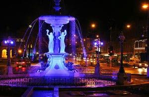 Bendigo Fountain at night